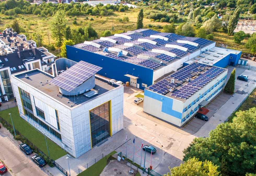 Fot.  Panele słoneczne zasilające zakład w Szczecinie